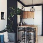 Стилна кухня с барплот в индустриален стил