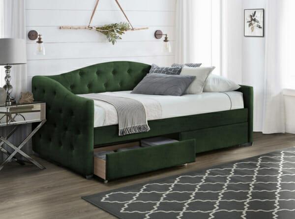 Единично легло с кадифена тапицерия и 2 чекмеджета - зелен цвят