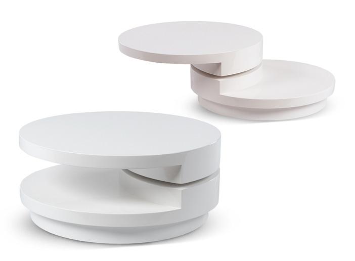 Минималистична маса на изложение Светът на мебелите 2020
