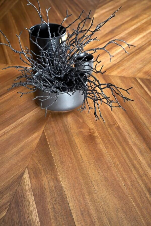 Трапезна маса в индустриален стил Тристън - плот