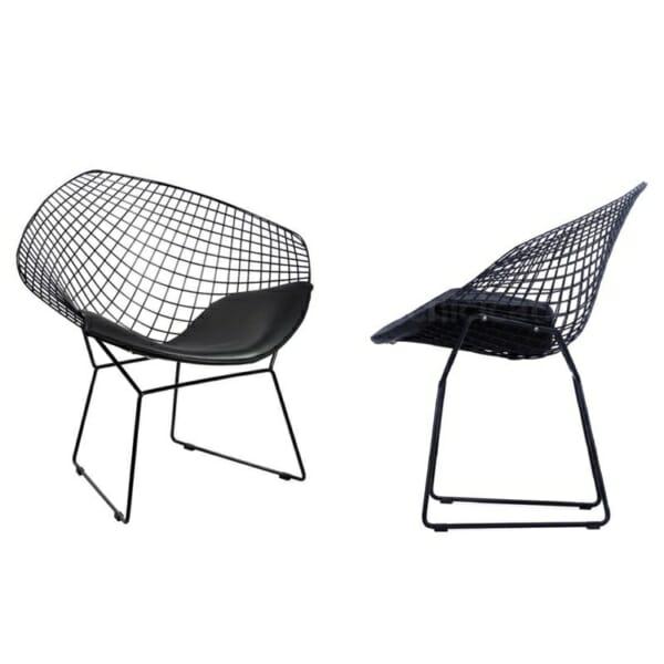 Метално кресло с мека седалка - черно
