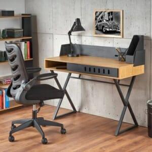 Красиво бюро от дърво и метал в индустриален стил
