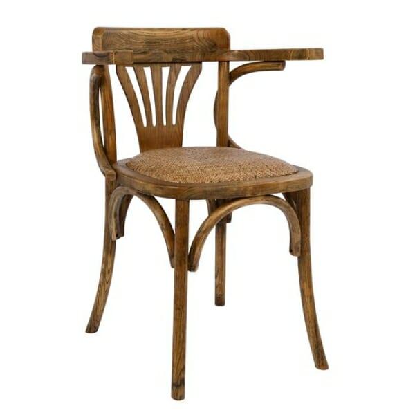 Дървен стол с подлакътници в ретро стил