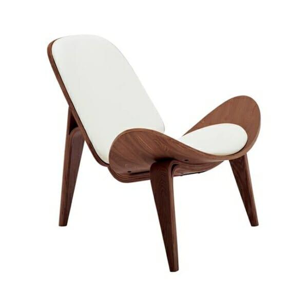 Дизайнерско кресло от дърво и еко кожа с 3 крачета в бял цвят - отстрани