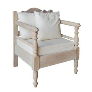 Дървено кресло с възглавнички в нежни тонове Мави I
