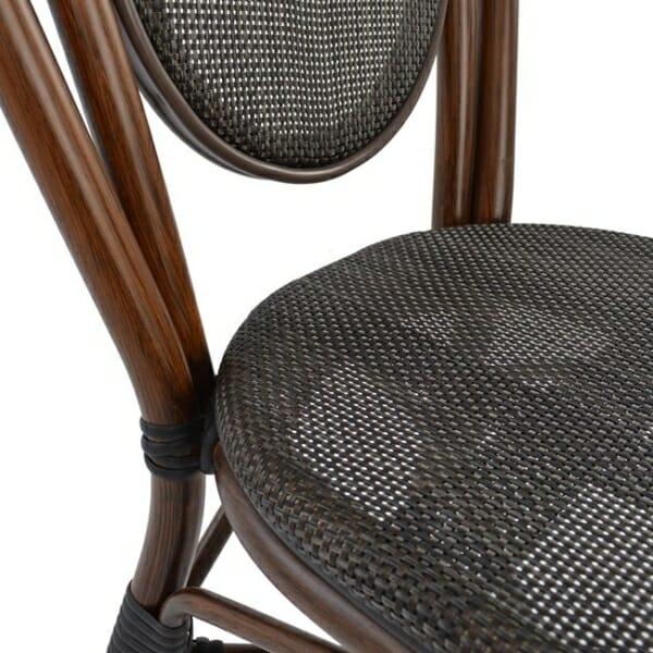Градински стол серия Бамбук в кафяво детайли седалка