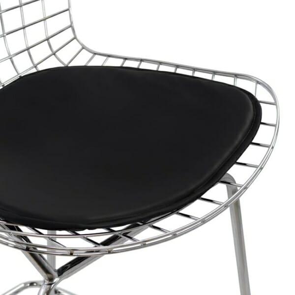 Метален бар стол с кожена възглавница хром детайли седалка
