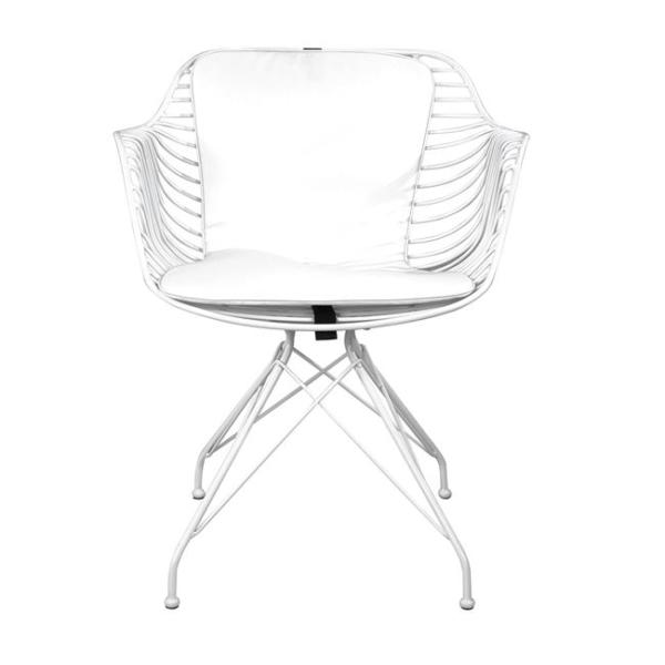Метален стол с кожена възглавница в индустриален стил в бяло отпред