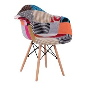 Модерен стол с дървени крака и цветна дамаска