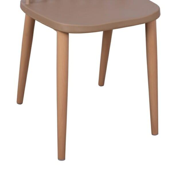 Трапезен стол с метални крака капучино детайли