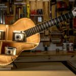 Етажерка от стара китара