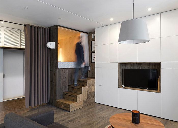 Контрастни структури за пода и тавана в студио