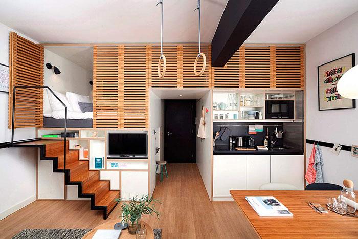 Подвижни стълби, които могат да бъдат скрити за осигуряване на още пространство в студио