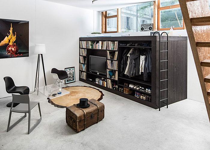 Функционална мебел легло и шкаф в студио