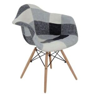 Черно-бяло кресло в стил пачуърк с дървени крачета