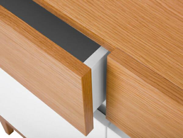 Функционален шкаф с 3 чекмеджета и 3 вратички Киото - детайл