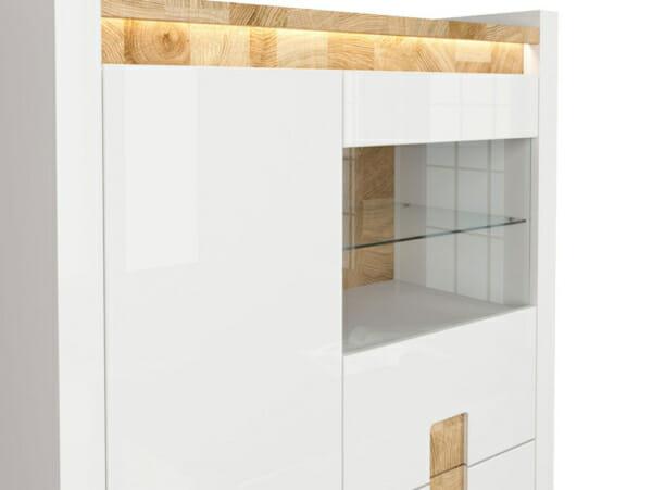 Функционален шкаф в бял гланц със стъклена витрина Аламеда - детайл