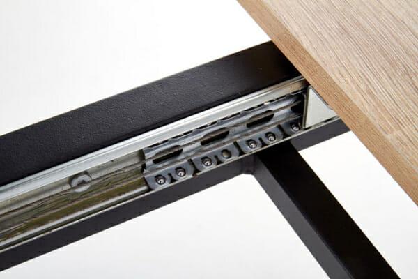 Разтегателна трапезна маса с плот като дърво и бетон - детайл