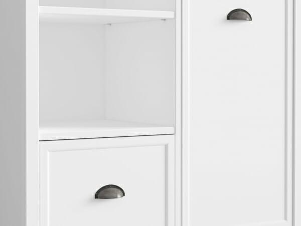 Бял шкаф с 3 открити рафта, чекмедже и вратичка Канет - детайл