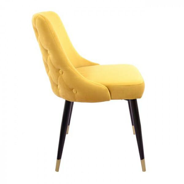 Елегантен стол с дамаска от кадифе и златни детайли-странично