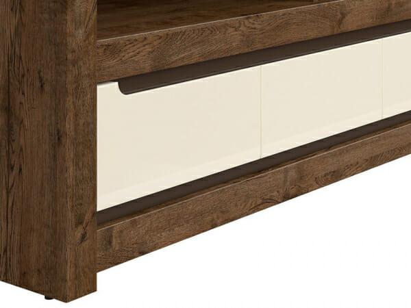 ТВ шкаф с 3 чекмеджета в перлен гланц екрю Русо - детайл