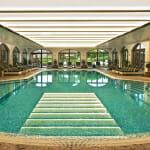 Кемпински Хотел Гранд Арена - вътрешен басейн