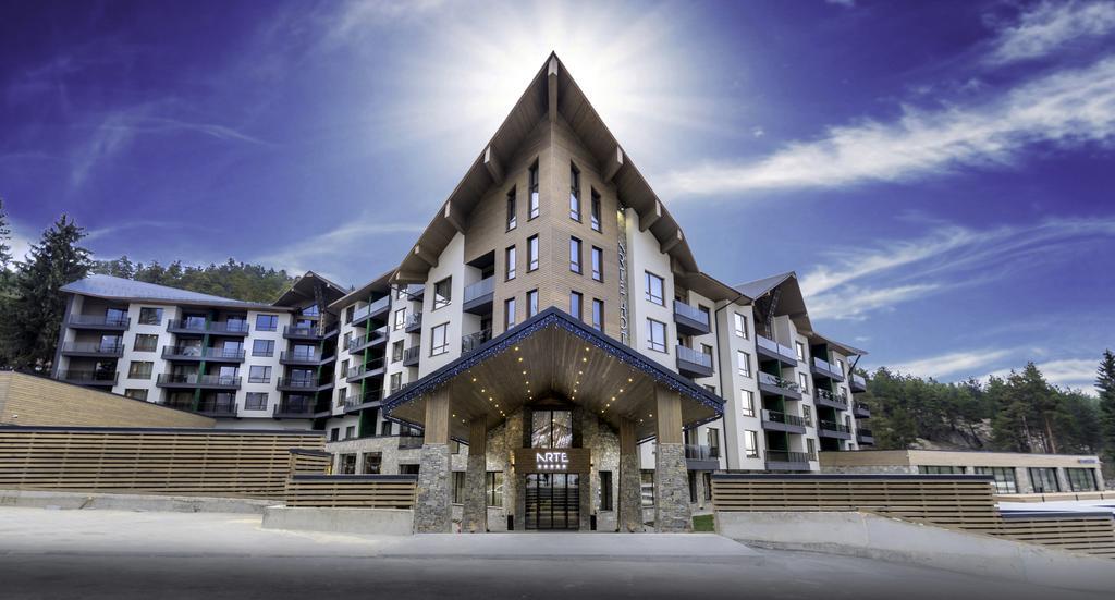 Най-луксозните спа хотели в България - Арте СПА & Парк - главен вход