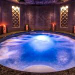 Най-луксозните спа хотели в България - Арте СПА & Парк - хидромасажен басейн