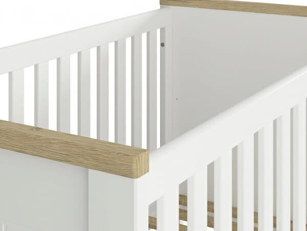 Бебешка кошара в бяло и дървесен цвят Древизо - детайл