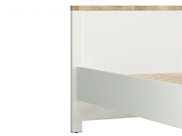 Бяло легло с детайли в дървесен цвят Древизо - отблизо