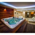 Хидромасажна вана в Парк Хотел и СПА Вела Хилс, Велинград