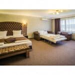 Стая с 2 големи легла в Парк Хотел и СПА Вела Хилс, Велинград