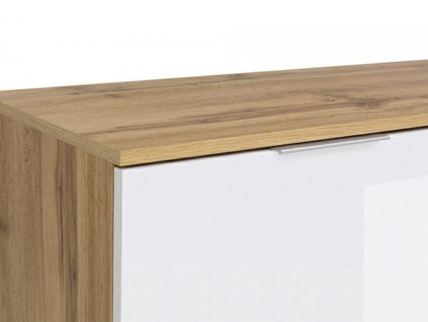 Шкаф с 4 бели гланцирани вратички Зелле - детайл