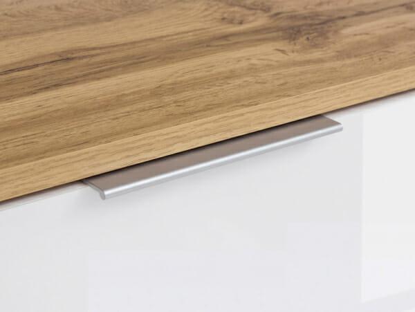 Шкаф с 4 бели гланцирани вратички Зелле - детайл дръжка
