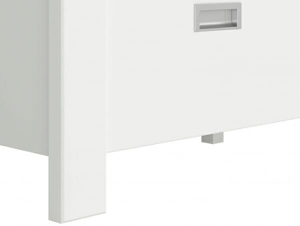 Трикрилен гардероб с 3 чекмеджета Древизо - детайл краче