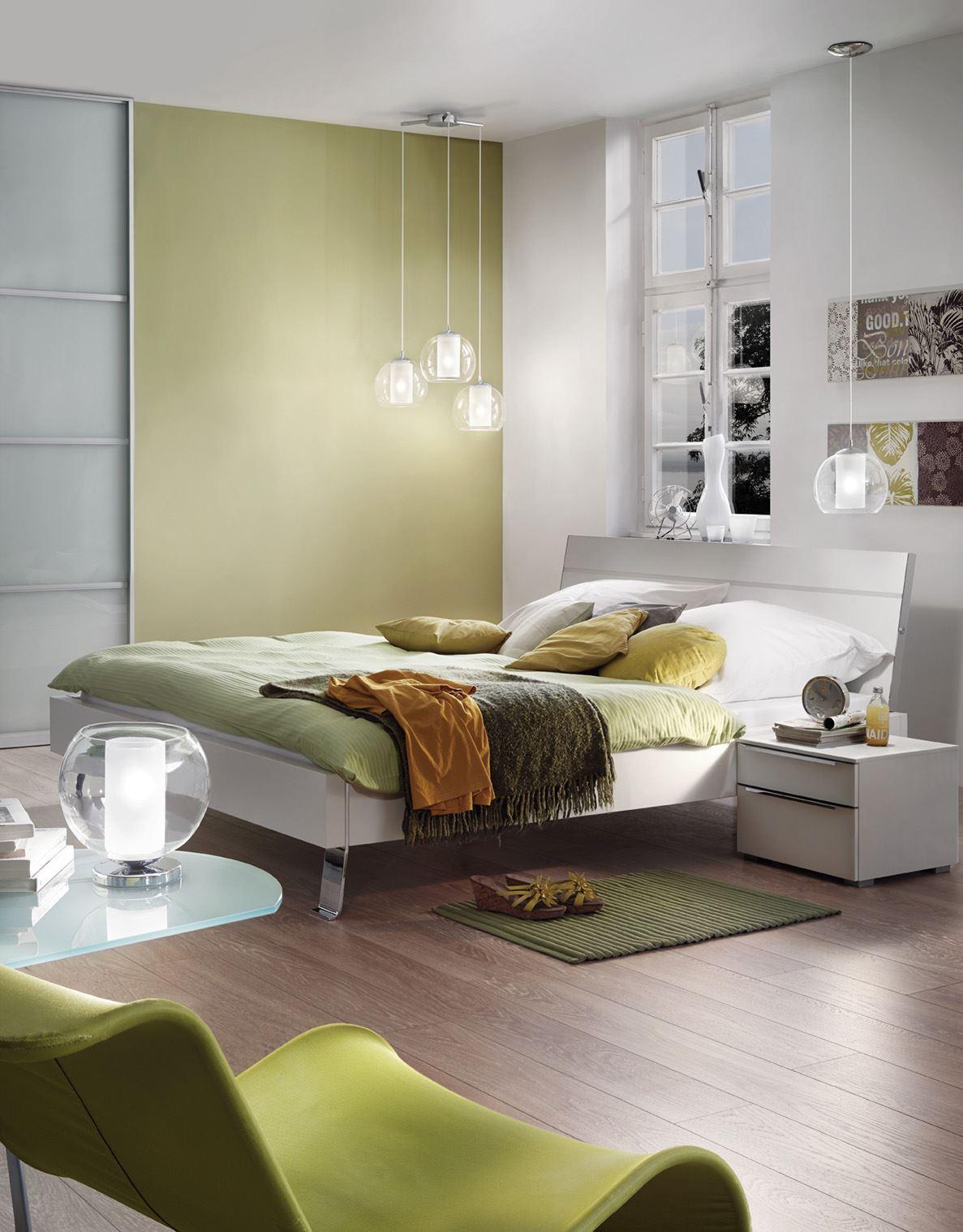 Комбинирано осветление за спалня