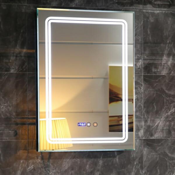 LED огледало с вграден часовник и индикатор за температура