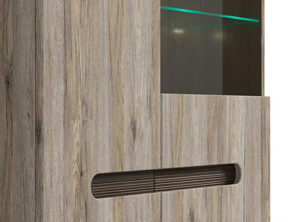 Модерен шкаф витрина с осветление Ацтека - дъб сан ремо - детайл