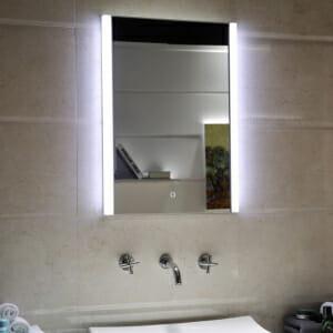 Правоъгълно огледало за баня с LED осветление