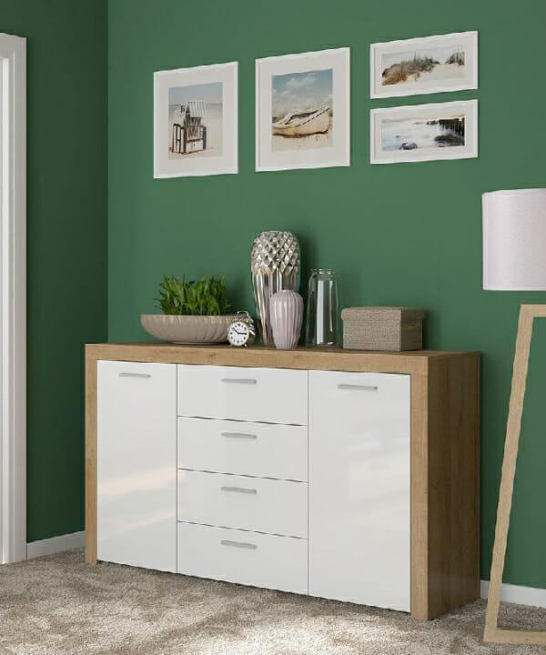 Широк шкаф в дървесен цвят и бяло Балдер - декор