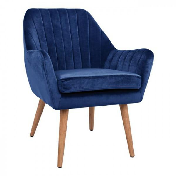Кресло с тапицерия от кадифе и дървени крачета-син