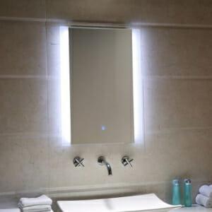 LED огледало за баня с нагревател