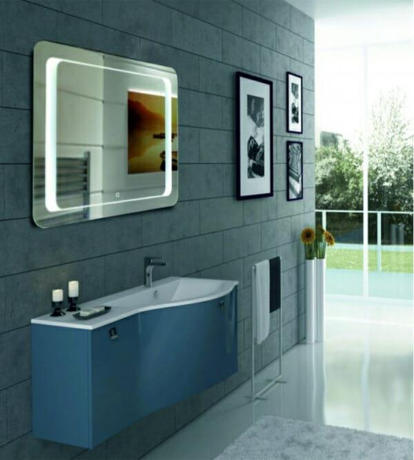 Огледало за баня с LED осветление и нагревател-пример баня