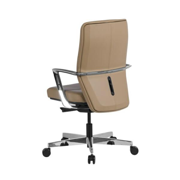 Работен офис стол от естествена кожа в бежов цвят - отзад
