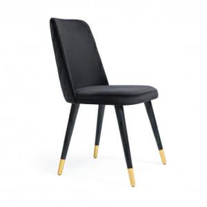 Трапезен стол с черни дървени крачета и златисти детайли