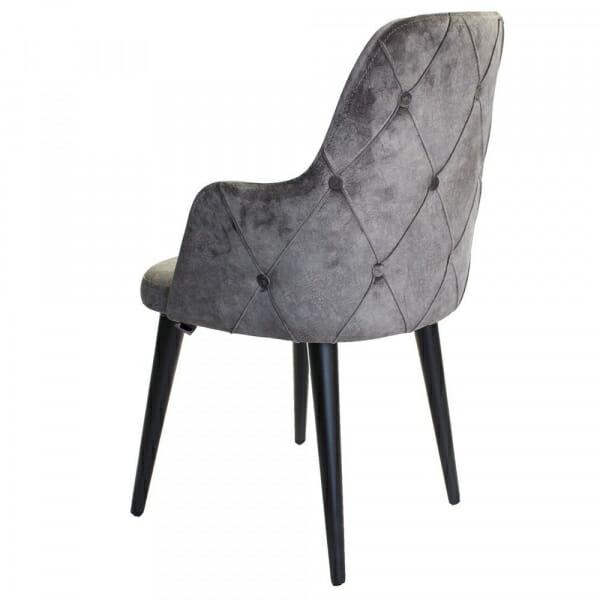 Трапезен стол с дървени крака и капитониран гръб-отзад