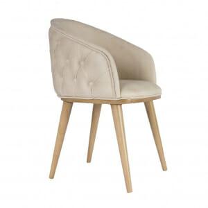 Трапезен стол с дървени крака и тапицерия в бежово
