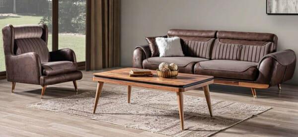 Луксозен триместен диван с красиви детайли Rino III-примерен интериор