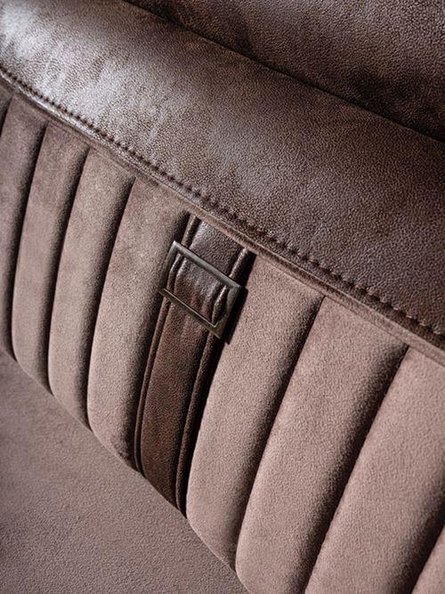 Луксозен триместен диван с красиви детайли Rino III-детайли, облегалка