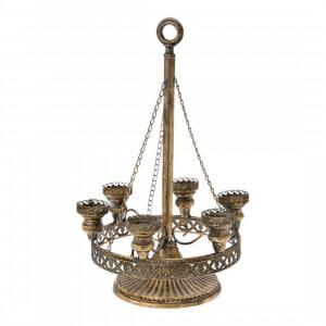 Старинен метален свещник с орнаменти